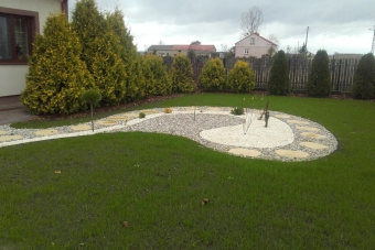 Ogród przydomowy w Głużku